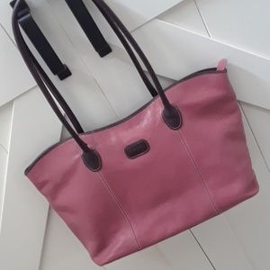 ISANTI LEATHER TOTE MADE IN ITALY..